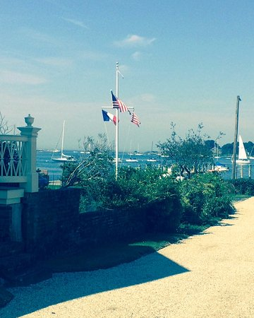 Inn at Stonington: Stonington harbor