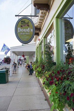 Doud's Market: Doud's Storefront