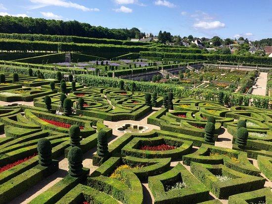 Chateau De Villandry: Beautiful Landscaped Gardens