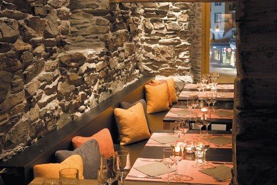 Unique Hotel Post: Restaurant