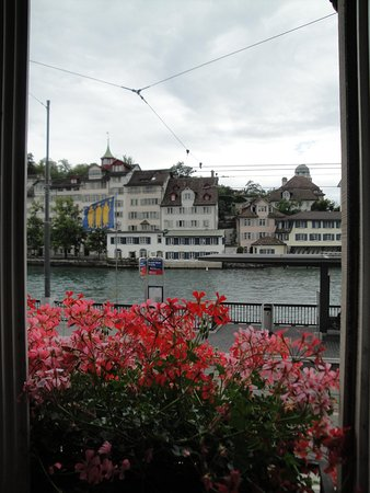 Hostel Krone: riverview Hotel Krone Limmatquai