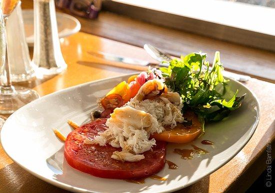 Roche Harbor, WA: Heirloom Tomato Salad with Dungeness Crab