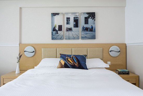 Lagos Mare: DOUBLE ROOM WITH SIDE SEA VIEW