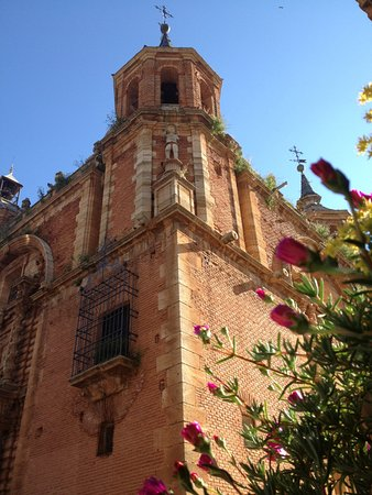 Plaza Mayor: Iglesia