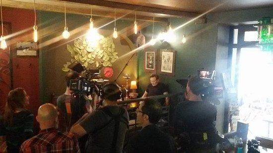 conan o brien shooting team coco episode at eden cafe pub picture