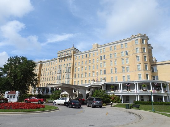 French Lick Springs Hotel: Front View