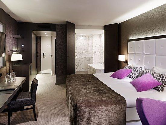 Kasteel Bloemendal: Standard Room