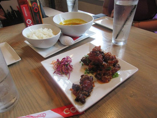 Co Banh Mi Noodles Bar: Appitizers