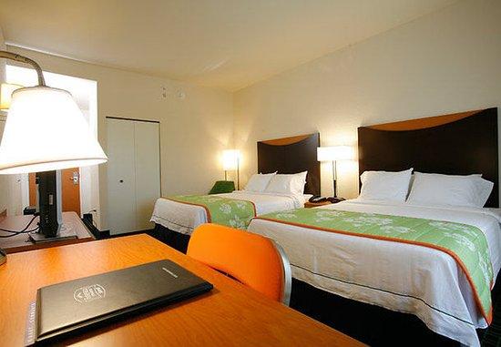Fairfield Inn & Suites Melbourne Palm Bay/Viera: Queen/Queen Guest Room