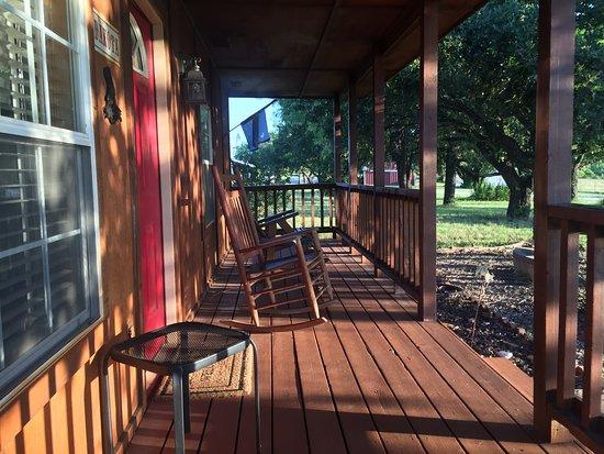 Tolar, TX: Front Porch So Homey