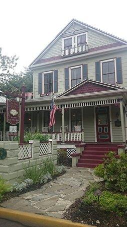The Cedar House Inn 사진