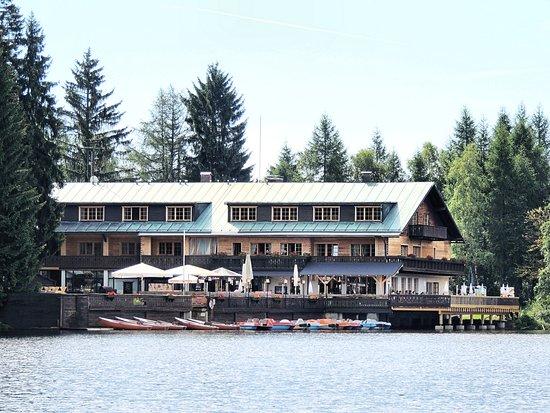 Fichtelberg, Alemania: Die Idylle Am See