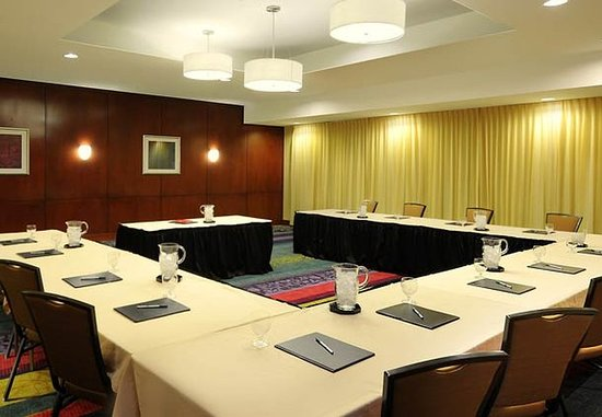 Courtyard Houston Pearland: Meeting Room