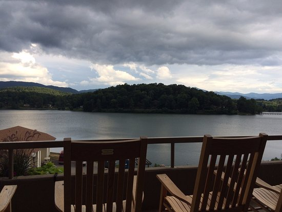 Lake Junaluska Conference and Retreat Center: View from 2nd floor balcony - The Terrace