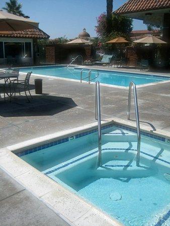 Laguna Hills, Californien: Pool View