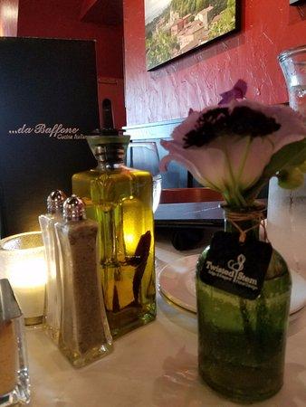 da Baffone Cucina Italiana: Table Setting