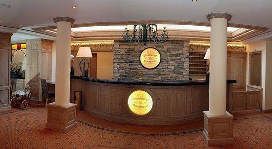 Romantik Hotel Schweizerhof : Lobby