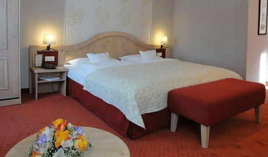 Romantik Hotel Schweizerhof : Comfort Triple Room