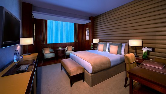 La Cigale Hotel: Premium Room - King Size Bed
