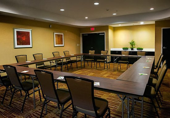 Courtyard Greensboro Airport: Meeting Room