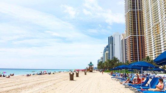 Foto de Golden Strand Ocean Villa Resort