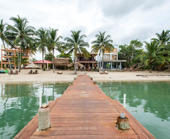 Condominiums In Belize | Popular Areas | How and Where To Buy  |Belize Treehouse Accommodation Near Beach