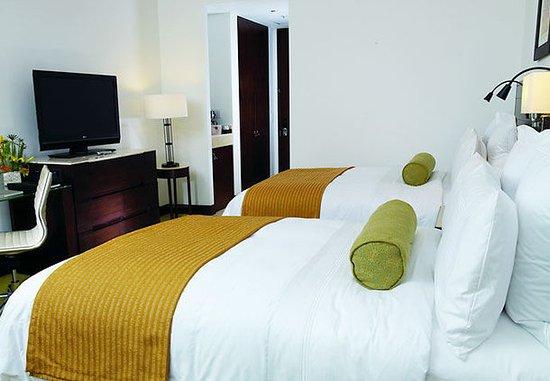 Bogota Marriott Hotel: Double/Double Guest Room