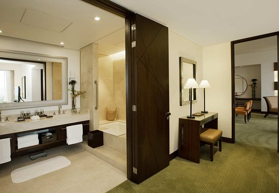 Bogota Marriott Hotel: Presidential Suite - Bathroom