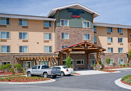 TownePlace Suites Fayetteville Cross Creek: Exterior