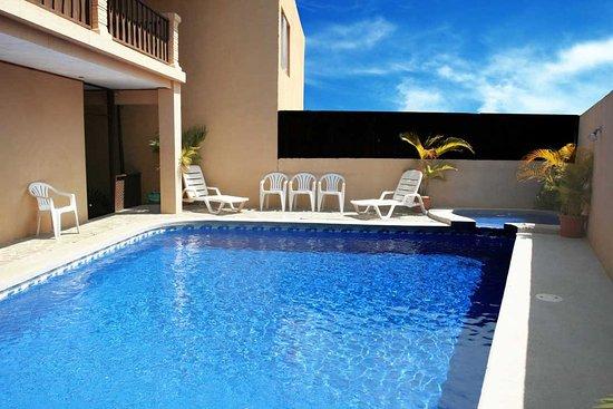 藍棕櫚飯店張圖片