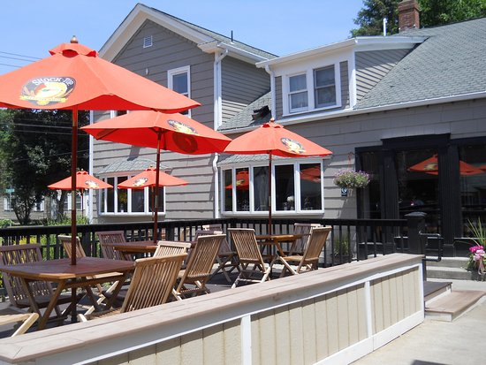 Hampden, MA: outdoor deck at Casa Bella