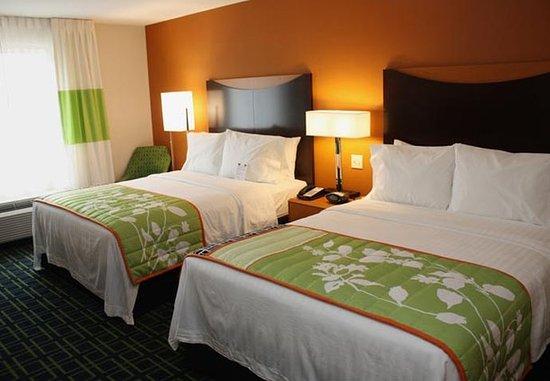 Fairfield Inn & Suites Colorado Springs North/Air Force Academy: Queen/Queen Guest Room