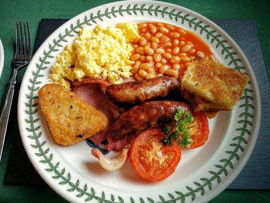 Tyddyn Perthi : Great Breakfast!