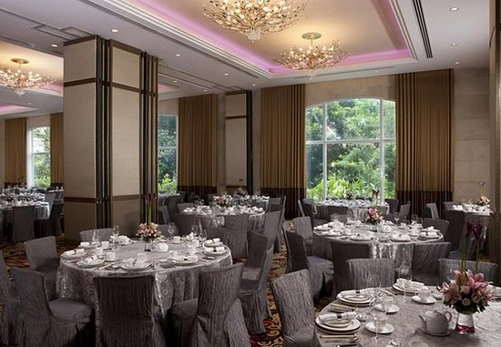 Manila Marriott Hotel: Garden Rooms – Banquet Setup