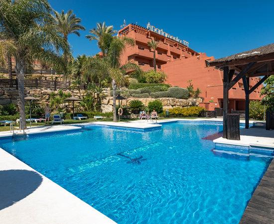 Apartamentos manilva green updated 2018 hotel reviews price comparison costa del sol spain - Manilva green apartamentos ...