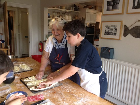 Manna from Devon Cooking School: Even Granny Apples learns a lot