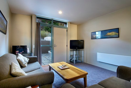 Asure Queenstown Gateway Apartments: Three Bedroom Apartment
