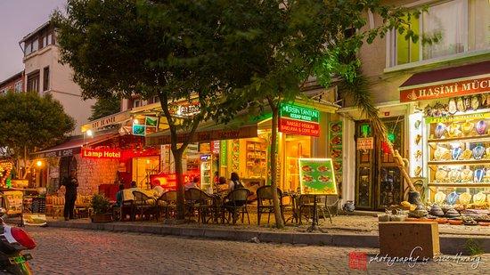 Hotel Seraglio: The quaint neighborhood outside the hotel.