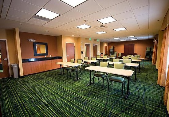 Fairfield Inn & Suites Seattle Bremerton: Illahee Meeting Room