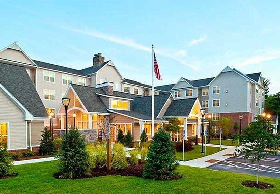Residence Inn Concord: Exterior