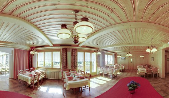 Hotel Alpenblick: The traditional swiss restaurant