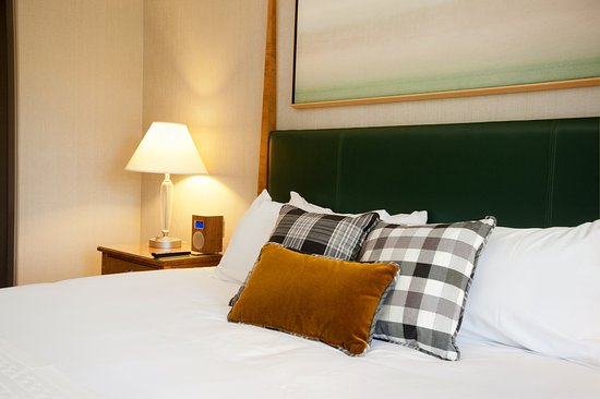 Hanover, NH: Bed Close Up