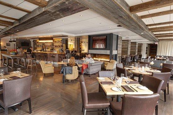 Hanover, Нью-Гэмпшир: PINE Restaurant