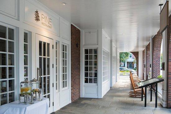 Hanover Inn Dartmouth: Entrance