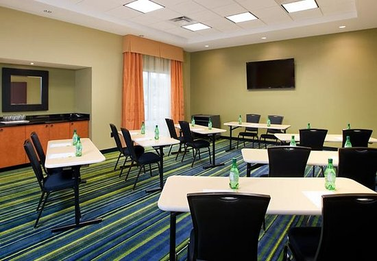 Fairfield Inn & Suites Winnipeg: Fairfield Meeting Room