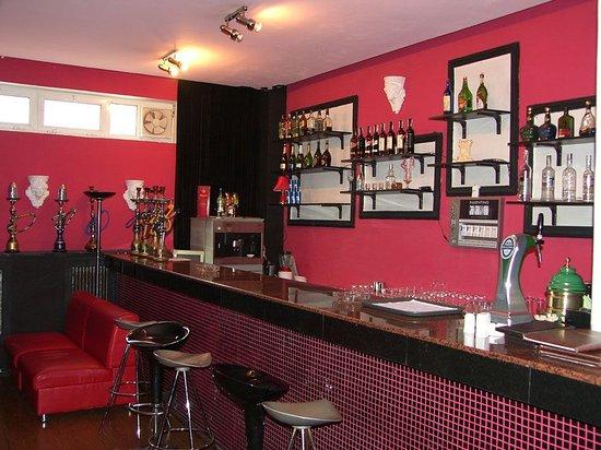 Retro Palace Hotel Apartment: Bar/Lounge