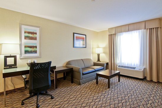 Hampton Inn by Hilton Fort Saskatchewan: Junior Suite
