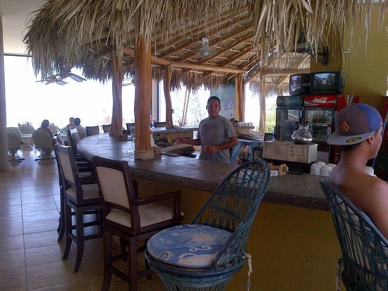 Paradise Flamingo Beach: BAR