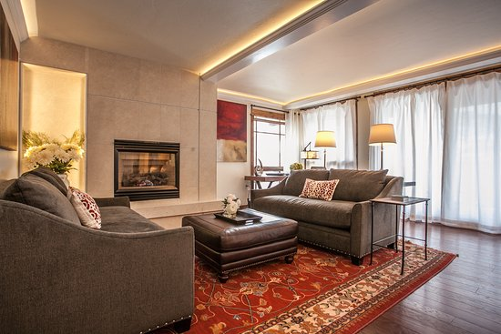 Antlers at Vail: Distinctive spacious 4-bedroom residences are ideal for large families or groups