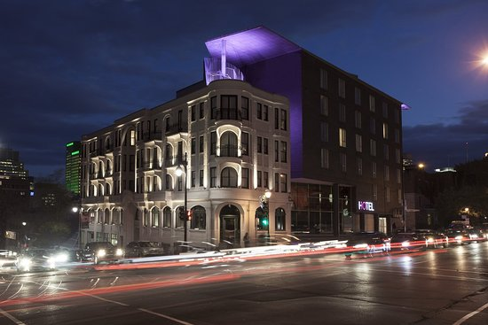 Photo of Hotel 10 Montreal